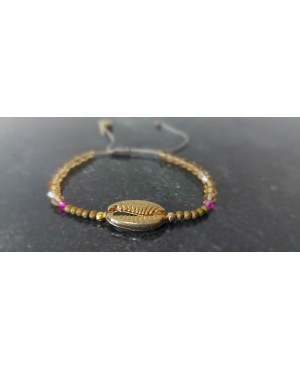 Bracelet with shell 2