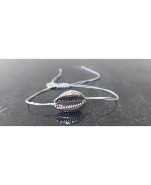 Bracelet with shell 11
